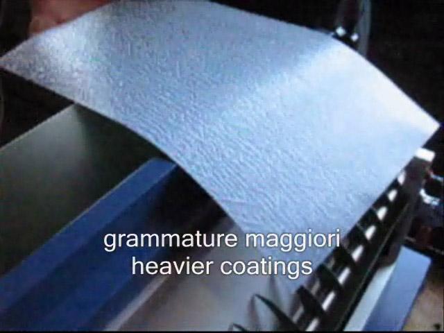 Máquina engomadora de materiales pesados y rígidos