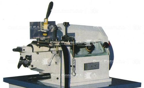 Excelente máquina para marroquinería en general