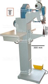 Máquina remachadora para colocar remaches ssencillos