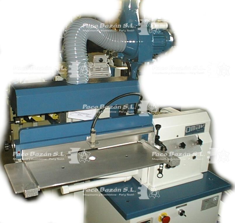 Sistema para colocar adhesivo base solvente, uso como maquinaria para realizar calzado