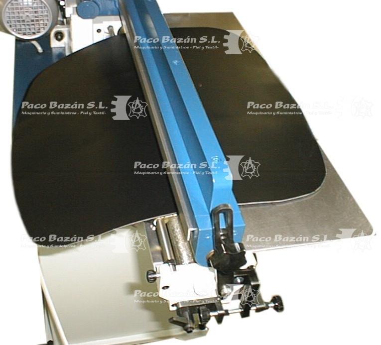 Aplicación de pegamento uniformemente sobre material textil con rodillos