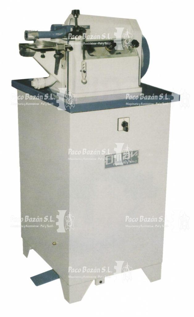 imagen de la maquinaria completa para poner pegamento de poliuretano