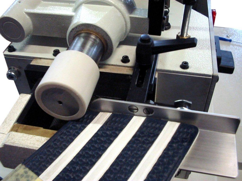 rodillo para colocar adhesivos termofusibles