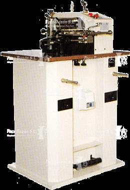 Máquina para cortar cueros y textiles marca FALZONI