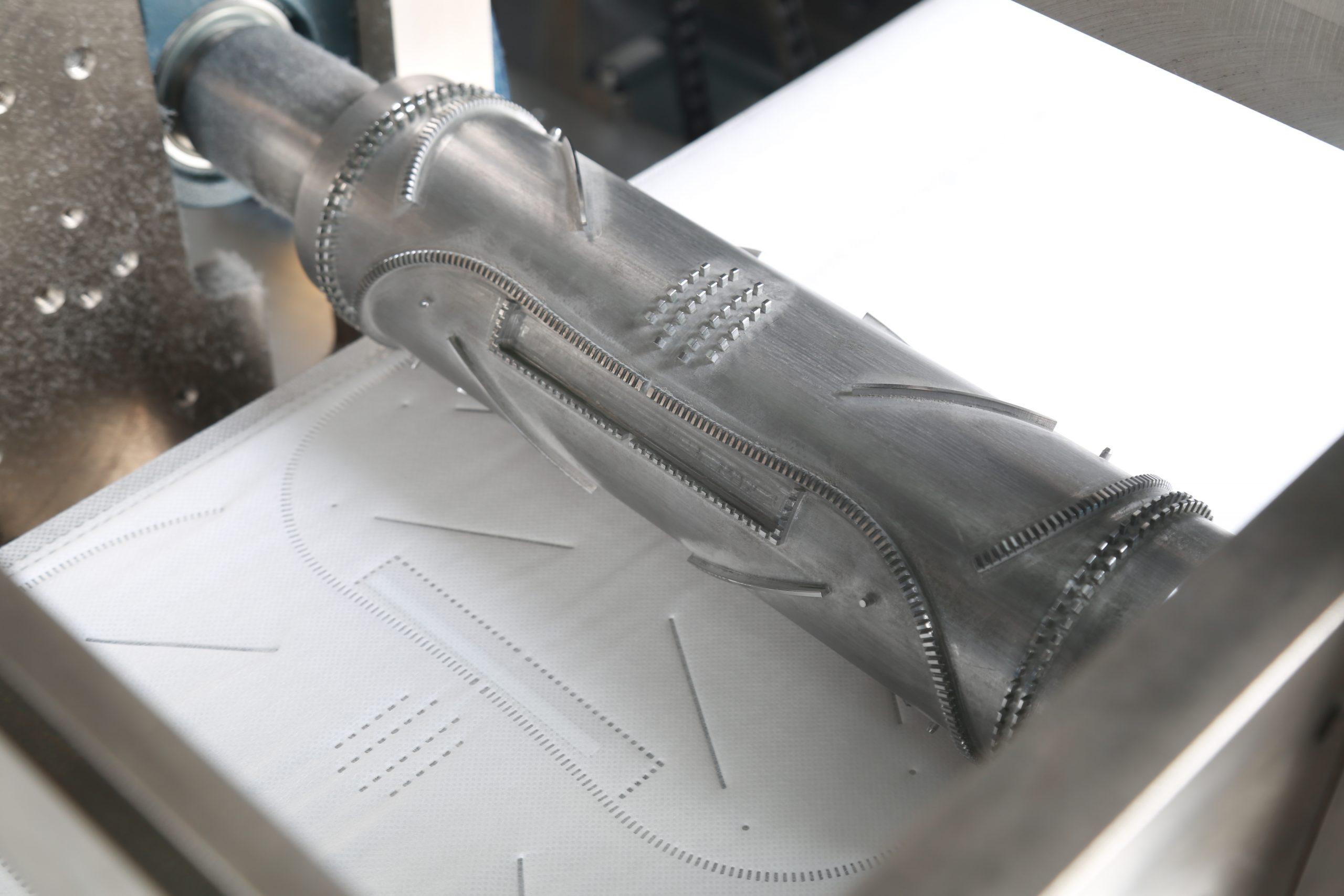 Rodillo de puntadas de máquina de hacer mascarillas plegables FFP2